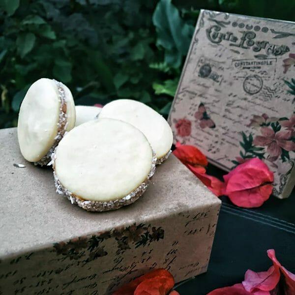 Bella Vanilla Caja de alfajores x 10 Un